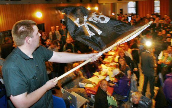 Piratų partijos šalininkas džiaugiasi pergale