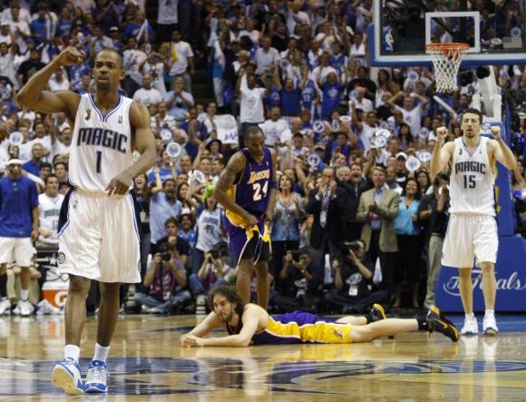 """""""Magic"""" ekipa nutraukė šešių pralaimėjimų iš eilės NBA lygos finaluose seriją."""