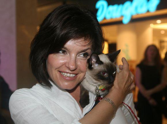 Kristina Kaikarienė ir jos katinėlis