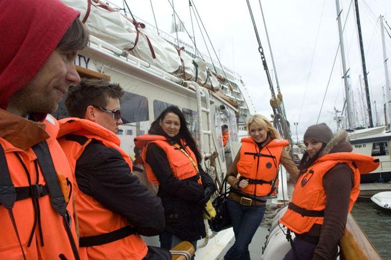 """Foto naujienai: Artėjant """"The Tall Ships' Races Baltic 2009"""" žvaigždės išplaukė į atvirą jūrą"""
