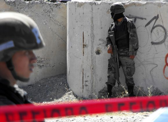 Meksikoje toliau tęsiasi karas su nusikaltėliais.