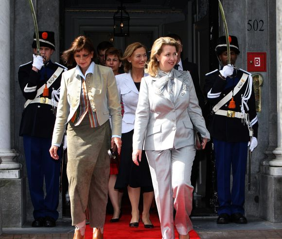 S.Medvedevai (dešinėje) Amsterdamas pasirodė esąs panašus į Sankt Peterburgą