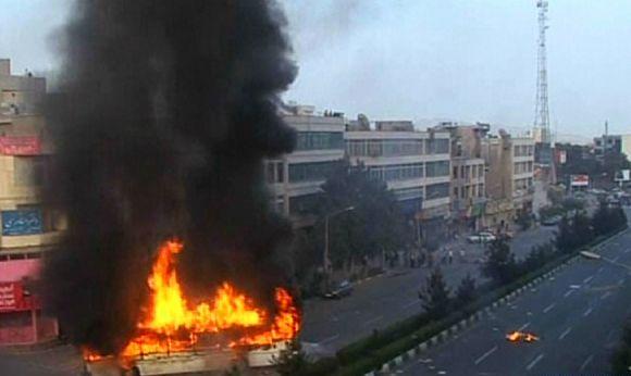 Opozicijos susirėmimai su pareigūnais Irane