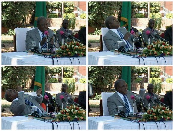 Zambijos prezidentą apšlapino beždžionė