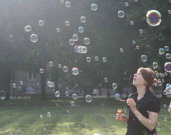 """Kadras iš pirmojo """"Burbuliatoriaus""""."""