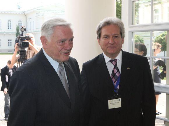 Pasaulio lietuvių ekonomikos forumo atidarymas Prezidentūroje