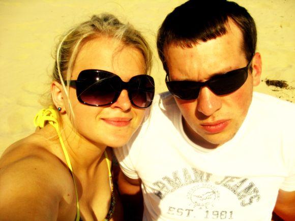 Bikini porelė Kristina ir Ignas Jūrmalos paplūdimyje