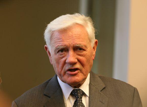 Dešimt metų Prezidento poste išbuvęs Valdas Adamkus baigdamas kadenciją atsisveikina su žiniasklaida.