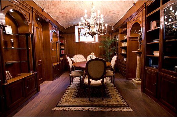"""""""Maison Classique"""" yra išskirtinis Šiaurės Italijos regiono baldų gamintojų atstovas."""