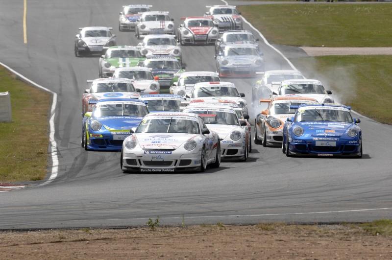"""""""Carrera Cup Scandinavia"""" lenktynėse kauniečiai dalyvauja trečius metus"""