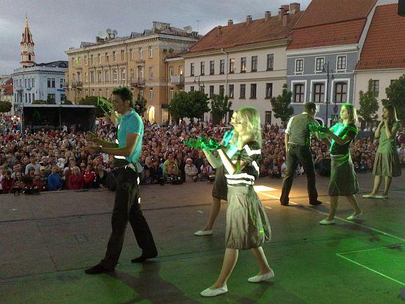 Opera Rotušės aikštėje, Vilniuje