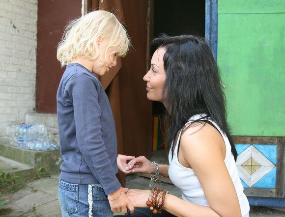 Mažoji gerbėja kalbasi su Karina Krysko