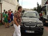 LNK nuotr./Policininką partrenkęs automobilis BMW