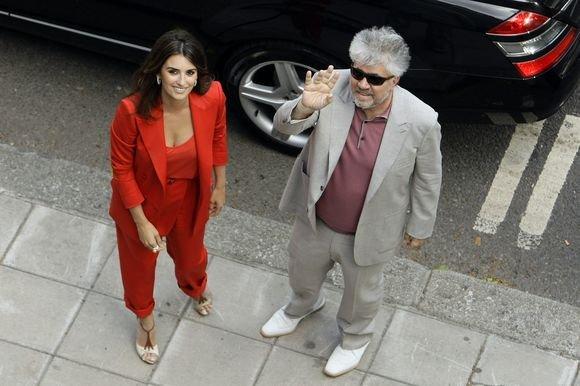 Scanpix nuotr./Penelope Cruz ir Pedro Almodovaras