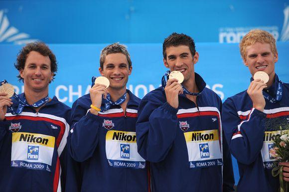 JAV kvartetas pelnė auksą vyrų kombinuotoje estafetėje 4 po 100 m