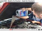 Youtube.com stop kadras/Vien ialeisti tepalą neužtenka  geriausia pripilti į variklį chemikalų.