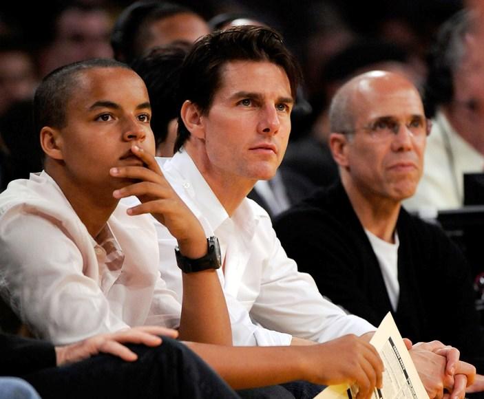 Connoras Cruise'as (kairėje) su tėvu Tomu Cruise'u.