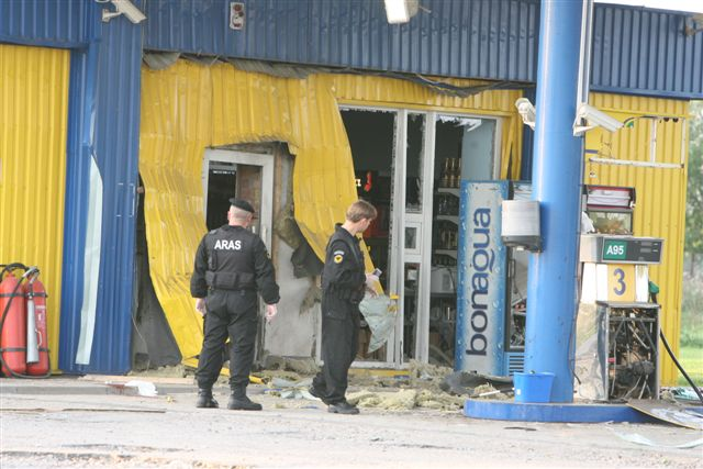 Ankstų ketvirtadienio rytą sprogimas nugriaudėjo Kauno rajono degalinėje.
