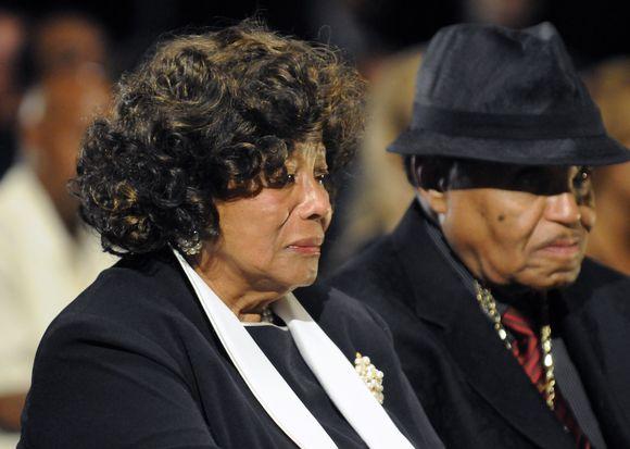 M.Jacksono laidotuvės