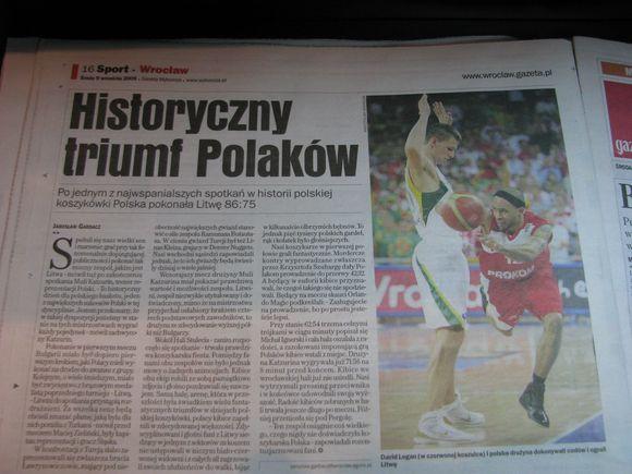 Lenkų triumfas - laikraščiuose