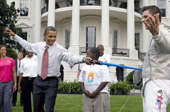 B.Obama išmėgino fechtavimosi rungtį prieš vykdamas į Kopenhagą