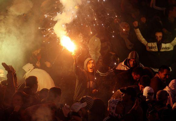 """Dėl prancūzo mirties kalti """"Partizan"""" sirgaliai sulaikyti"""