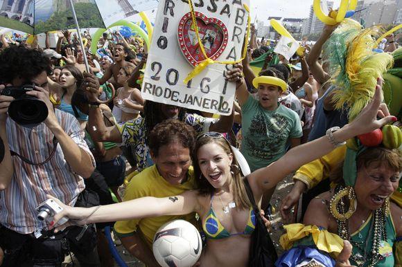 Brazilai džiaugsmingai pasitiko gerą žinią.