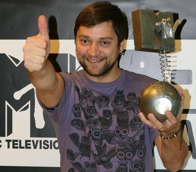 Leon Somov pirmadienį gavo MTV apdovanojimą.