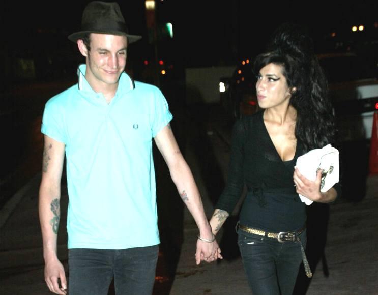 Amy Winehouse ir Blake'as Fielderis Civilis
