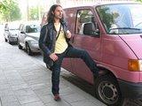 Asmeninio albumo nuotr. /Giacomo Merlo prie savo iatikimos transporto priemonės.