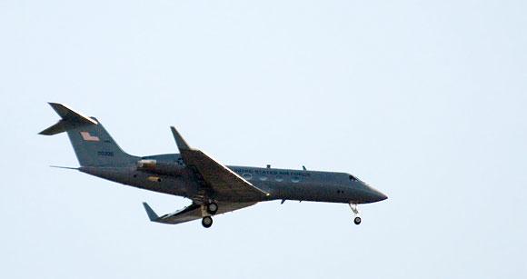 """JAV karinių oro pajėgų lėktuvas """"Gulfstream IV"""" Vilniaus padangėje"""