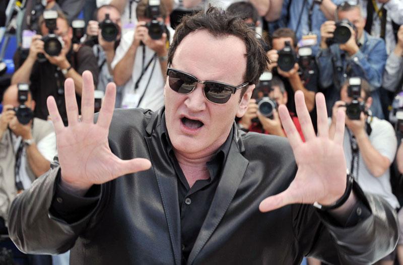 Foto naujienai: Quentinas Tarantino: didžiapėdžių moterų gerbėjas