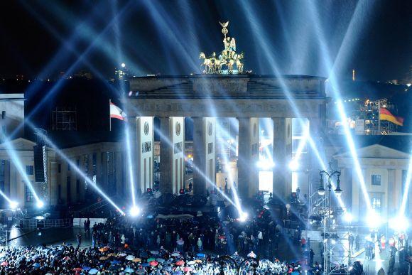 Koncertas prie legendinių Brandenburgo vartų yra MTV ceremonijos dalis
