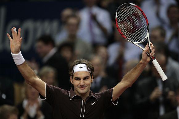 R.Federeris nesunkiai prasibrovė į pusfinalį