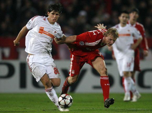"""""""Liverpool"""" futbolininkams pasiaukojančios kovos neužteko – jie lieka už borto"""