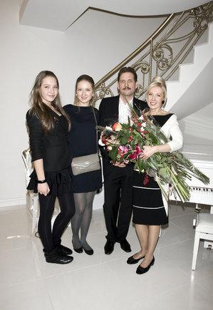 Mariaus Žičiaus nuotrauka/Už palaikymą ir kantrybę dizainerė labiausiai dėkinga savo aeimai  vyrui Kęstučiui ir dukterims Ainei ir Martynai
