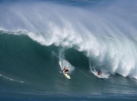 Milžiniakos bangos  rojus bangletininkams