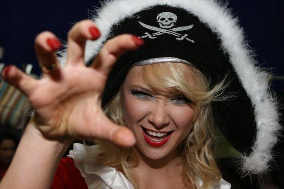 """Tradicine tapusios """"Išsipildymo akcijos"""" finaliniame koncerte bus pasakojama piratų istorija."""