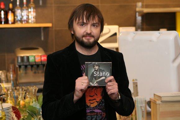 Naujojo albumo pristatyme Stano pasveikinti susirinko būrys garsių kolegų