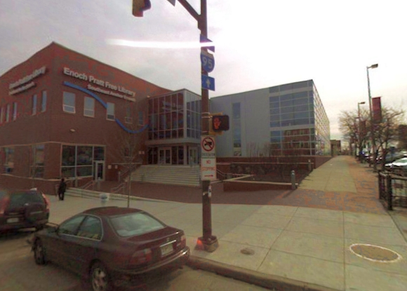 """Franko Zappos biusto kopija Baltimorėje bus įkurta prie Enocho Pratto viešosios bibliotekos """"Southeast Anchor"""" filialo."""