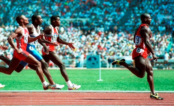 100 metrų bėgimo finalas Seilo olimpinėse žaidynėse
