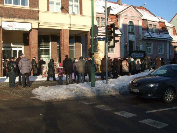G.Kubiliūtės nuotr./Piketuotojai rinkosi Liepų gatvėje.