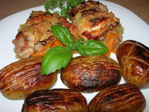 Vištiena su bulvėmis