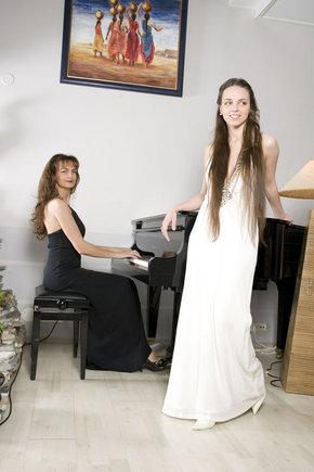 Viganto Ovadnevo nuotr./Jurga Anusauskienė su dukra Evelina