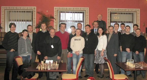 Aviatorių šachmatų turnyre varžėsi dvi dešimtys entuziastų