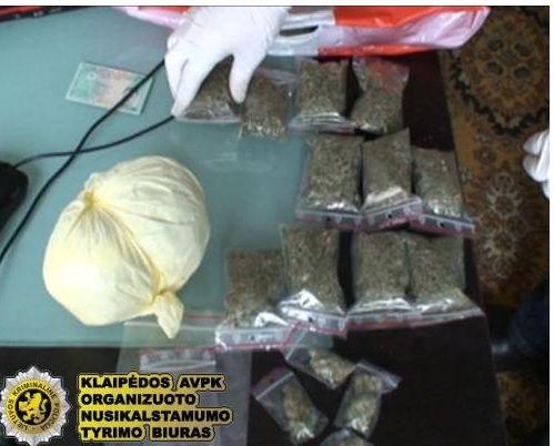 Klaipėdoje išaiškinti narkotikų platintojai.