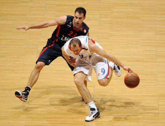 R.Šiškauskas Vitorijoje pelnė tik 6 taškus.