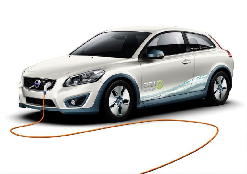 """Elektrinis """"Volvo C30"""" – tai jau tampa mada"""
