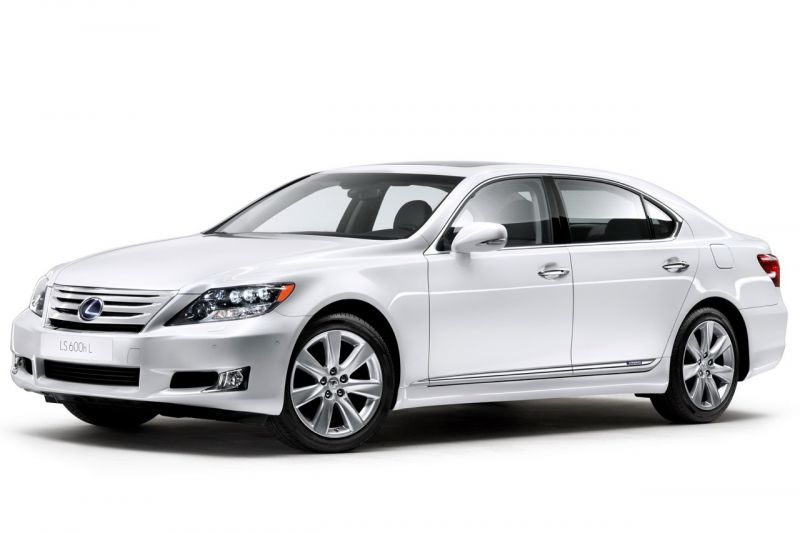 """""""Lexus LS"""" – atnaujinta versija debiutuos Vokietijoje"""