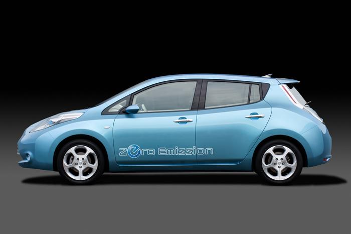 """""""Nissan LEAF"""" – elektromobilis masėms"""